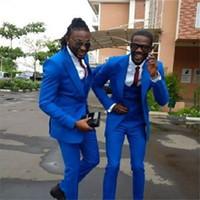 Royal Blue Smoking da sposo Smoking a punta abbottonata da uomo con bottoni Abito da uomo Best Popular Business Prom con colletto (giacca + pantaloni + cravatta + gilet) 2272