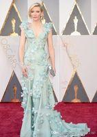 Luxus 2019 neue Oscars Cate Blanchett Celebrity Rote Teppichkleider Tief V-Ausschnitt Sweep Zug Federn Blumen Abendkleider lange 360