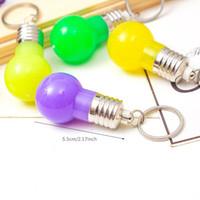 Renk değiştirme LED Işık Anahtarlık Mini Ampul Meşalesi Anahtarlık Mini LED Anahtarlık Ampüller Renkli Işıklar Anahtarlık Ampul Oyuncak Hediye DBC DH1093