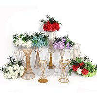 Hollow out Vases Gold White Flower Stand Metal Road Lead Wed...
