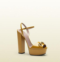 Caliente de la venta del cuero de lujo-Cuadrado Medio Designer Shoes metálica mujer sandalia de la plataforma gruesos tacones altos sandalias gladiador Superstar Zapatos Mujer