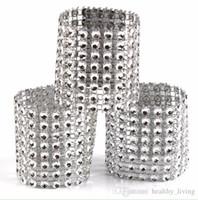 Кольца для салфеток с бриллиантами для свадьбы Держатели для салфеток Стразы Стул Пояса Банкетный ужин Рождественский стол Украшение золото и серебро 888