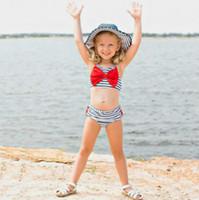 بذلات أزياء الفتيات سباحة مصمم اطفال اطفال الشريط المطبوعة الرافعة نمط قطعتين السباحة مجموعة ملابس الأطفال عارضة لطيف ملابس الأعلى واي quali