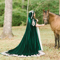 cheap Hunter Green Velvet Wedding Cloak 2020 Wood Hood Lace ...