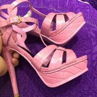 جلدية جديدة تكريم براءات الاختراع / لينة منصة الصنادل أحذية للنساء T-حزام الكعوب العالية الصنادل سيدة أحذية مضخات جلد أصلي