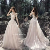2019 Romantic A-line Wedding Dress Vintage Sweetheart Neck Sleeveless Lace Bridal Gown Plus Size Custom Made