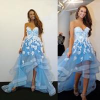 Desgaste 2020 del cielo azul Alto Bajo una línea vestidos de partido formal vestido de noche blanco romántico 3D floral apliques de encaje de flores