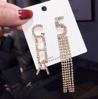 Nuevo diseñador completo rhinestone carta borlas pendientes para mujeres bling bling rhinestone stud pendiente 925 agujas de plata joyería regalos