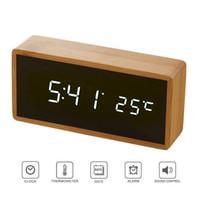 الخيزران مرآة خشبية ساعات إنذار درجة الحرارة تأثيرات صوتية على مدار الساعة سطح المكتب تحكم مع LED الرقمية الالكترونية ووتش ساعات Despertador