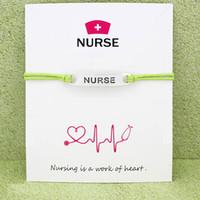 Medical Nurse Hat Ot Lpn Emt carta Bracciali d'argento antico dei monili di fascino Lime Green Blu Menta Blu Donne Red Men regalo personalizzato