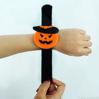 Halloween Kids Adult Arbetsarmband Pumpa Ghost Spider Bat Charm Plush Wristband Bangle Slap Snap Armband Smycken Party Decor Favorit