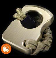Acil Mini Güvenlik Çekiç Araba Pencere Cam Kesici Bir Parmak Pirinç Knuckle 132g Hayat Tasarrufu Araçları Öz Savunma Gadget'ları