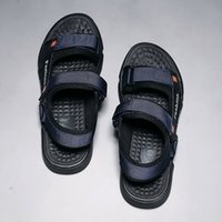 fundo homens Sandálias do verão Macio Sandals Men Slippers Light Beach Shoes Popular Estudante adulto Plano Casual