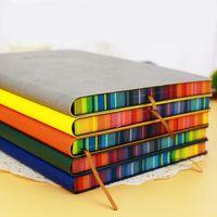 Notepads لطيف دفتر A6 / A5 / 16K الجلود مجلة يومية المساحة مذكرات غلاف سماكة ورقة rainbow حافة الحافة ملاحظة كتاب القرطاسية