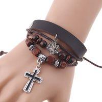 Vintage Multilayer Lederen Armbanden Jesus Cross Charm Hout Bead Retro Punk Gevlochten Armband Bangle voor Mannen Dames Sieraden Kerstcadeau
