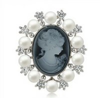 New arrival palace Vintage Cameo Queen Relief Brooch Women B...