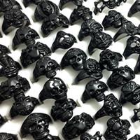 Massenlose 50pcs Stile gemischt schwarz plattiert Schädel Skeleton Gothic Ring Großhandelsmann-Jungen-Punk cool Rocker-Metallringe der neuen Ankunfts-Schmuck