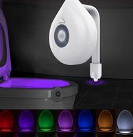 LED Tuvalet Işık PIR Hareket Sensörü Gece Lambası 8 Renkler Arka Işık WC Klozet Koltuk Banyo Çocuklar için Gece Işık