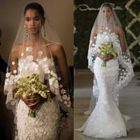 Tasarımcı Uzun Şapel Tren Düğün Allık Veils Tül Şeffaf Dantel Tek Katman Beyaz Fildişi Aplikler Gelin Veils Kenar