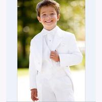 الرجال الدعاوى الحلل الأنيق زهرة الصبي السترة سهرة الشق التلبيب الأطفال مجموعات بيضاء كيد الزفاف حفلة موسيقية للبنين (سترة + سترة + بنطلون + بو
