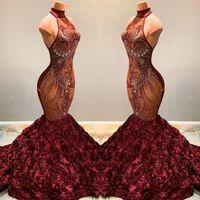 2020 Herrliche Burgundy Nixe-Abschlussball-Kleid-Ansatz-Spitze Appliqued gekräuselte Blumen-Festzug-Partei-Kleider Vestidos BC1181