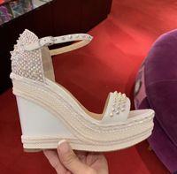 Elgant Marka Tasarım Kırmızı Alt Madmonica Kama Ayak bileği Kayış Dikenler Gladyatör Sandalet Seksi Bayanlar Yaz Sandalet Yüksek Topuklar EU35-43