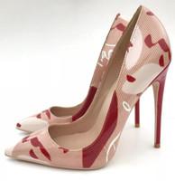 الوردي حتى كيت النساء أحذية الخناجر مطبوعة المتطرفة عالية الكعب مضخات 12 سنتيمتر كتابات مخطط أحمر كعب حذاء الزفاف حجم 42
