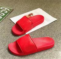 디자이너 슬리퍼 새로운 브랜드 편지 Desinger Slides Mens 플립 플립 Summer New Arrival Fashion 최고 품질의 슬리퍼