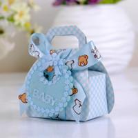24pcs / Lot 6.3x3.8x10cm la forma del oso de bricolaje papel del regalo de boda bautizo partido de fiest cajas del favor de la caja de caramelo delicado con Bib Etiquetas Cintas