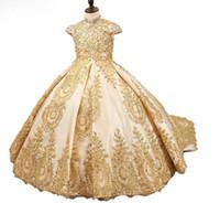 Girl's Pageant Dresses 2020 Modest Oro Paillettes Pizzo Pizzo Fiore Satin Girl Gowns Formal Party Abito per adolescenti Dimensione dei bambini 3 5 7 9