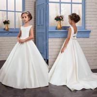 Flower Girls Dresses For Weddings Scoop Ruffles Pizzo Tulle Perle Backless Flowergirl Abiti da principessa Bambini compleanno Dress