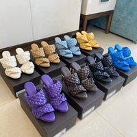 Kadınlar tasarımcı sandalet yüksek topuklu Eğrisi Sandalet Uzatılmış Dokuma parmak Katır moda lüks bayan ayakkabı yüksek topuklu tasarımcı slaytlar badem