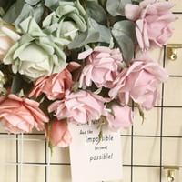 3 Chefes Leading arco da flor parede falsa Fluxo Silk Flowers Rose Simulado Flower Decoração Wedding Segurar Flor de estrada