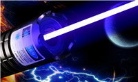 Leistungsstärkste beste Förderung 10000m blaue Laserpointer-Laser-Feder LED-Taschenlampe 450nm Lichtstrahl 5 Stern-Kappen justierbare LAZER Jagd
