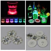 Led Bar Coupe Coaster Light Up Cup Sticker pour boissons Porte-gobelet Lumière Fournitures Bouteille de vin Liqueur de soirée de mariage décoration accessoires 6cm FFA3396