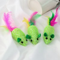 новый зеленый braidedArtificial Feathe игрушки мыши с смешными звуками Смешных игрушек кошки принадлежности кошки устойчивости к царапинам животных игрушек T2I5929
