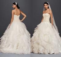 Oleg Cassini Artı Boyutu Ruffles Gelinlik 2019 Sparkly Sevgiliye Dantel Boncuklu Backless Prenses Bahçe Düğün Gelin Kıyafeti