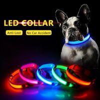 De carga USB LED collar de perro anti-perdida / Evitar el accidente de coche collar para los plomos Cachorros Perros collares de perro Suministros LED Pet Products