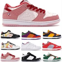 Sb Dunk Low Strangelove Skateboards Raygun Tie Dye Gris Staple Panda Pigeon Viotech Hommes Baskets femme Basketball Dunks Chaussures Baskets