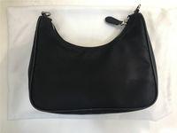 أفضل بيع العلامة التجارية الشهيرة الأزياء حقيبة للرجال والنساء بالجملة عبر هيئة كيس نايلون مع كوين الصغيرة محفظة 498345708