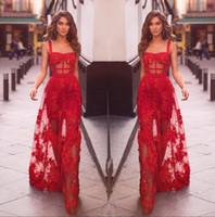 Rojo espaguetis correas de encaje una línea de vestidos de baile 2020 Tul apliques acanalada una línea de longitud de los vestidos de noche formal del partido