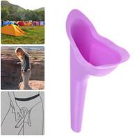 Vente en gros Femmes Toilette Portable Femme Urinoir extérieur Camping Randonnée Festival de Uriner Appareil Funnel Voyage silicone Stand Up toilettes Pee