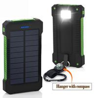 Banque d'alimentation solaire 20000mAh imperméable imperméable à l'eau avec boussole portable Powerbank Solar Batterie externe pour téléphone portable Usage d'urgence