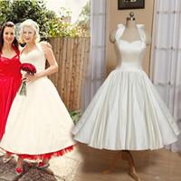 2019 Vintage Bir Çizgi Gelinlik Halter 1950 s Çay Boyu yay Lace Up Geri Saten Bahçe Gelinlik Bow Custom Made vestido de novia