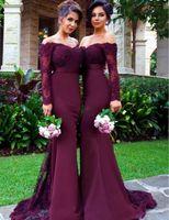 Burgund Long Sleeves Mermaid Brautjungfer Kleider Spitze Appliques von der Schulter Mid of Ehre Gowns Custom Made Formale Abendkleider