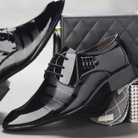The new business dress shoes bright face wedding tie men...