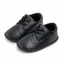 Kinder-Baby-Schuhe erste Wanderer-Jungen-Mädchen-PU-Material Schöne Schuhe Babymode Anti-Rutsch-Schuhe für 0-18M