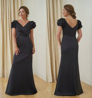 Negro sirena Jasmine madre de la longitud de la manga vestido de novia V cuello corto con pliegues Banda huésped de la boda Dresss piso Vestido de noche