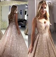 2020 Sexy in oro rosa con paillettes Prom Dresses V Neck Spumante paillettes una linea Backless Quinceanera Abiti da sera robe de soiree BM0246