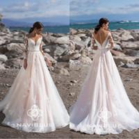 2020 Neueste Naviblue langen Ärmeln Brautkleider Sheer mit Rundhalsausschnitt bezogene Knöpfe Brautkleides SpitzeApplique Plus Size Brautkleider